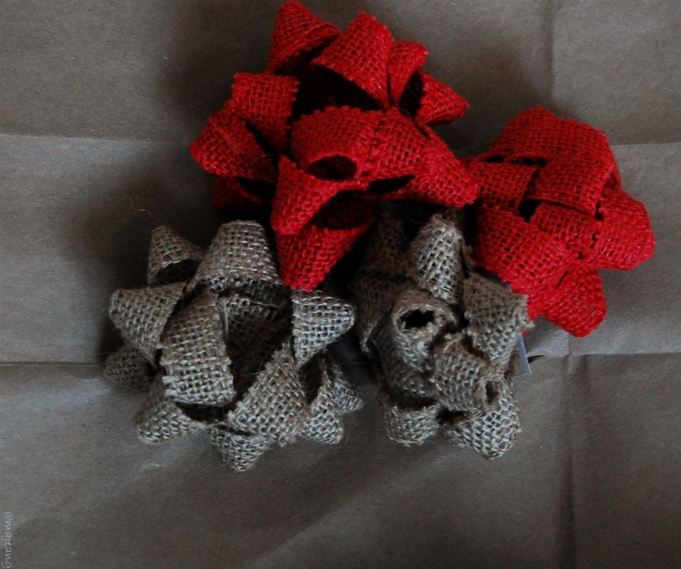 diy wreath burlap bows
