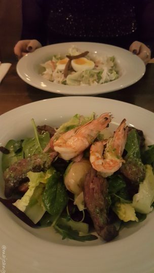 crab tavern salad mains