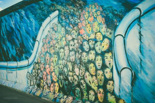 5 places worth visiting on solo trips - the berlin wall gallery