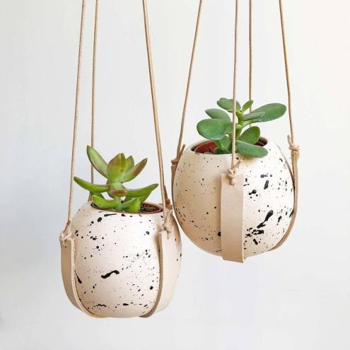 Christmas gift guide with etsy- splatter plant pots majeang.com