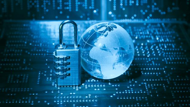 Contre quel pays la Russie aurait-elle dirigé en octobre 2019 une cyberattaque?
