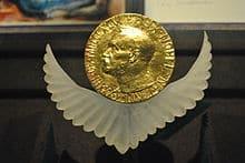 Quel ancien prix Nobel de la Paix est décédé cette semaine ?