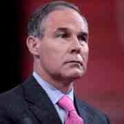 Donald Trump nomme le climato-sceptique Scott Pruitt à la tête de l'agence américaine de protection de l'environnement