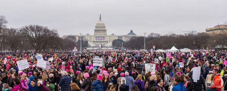 Combien de pays ont connu des manifestations anti-Trump lors de sa prise de fonction vendredi dernier ?