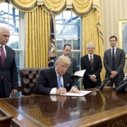 Trump : les mesures qui passent mal