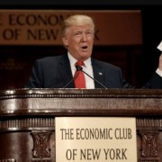 Le bilan économique des neufs premiers mois de Donald Trump