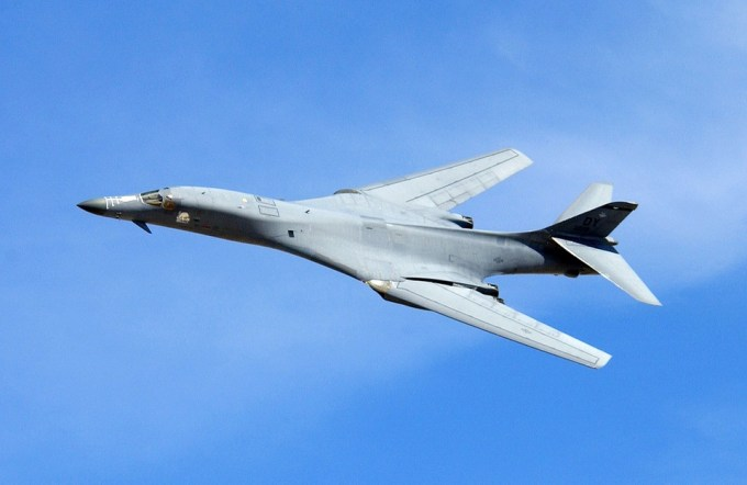 Quel pays veut relancer un projet d'avion supersonique ?