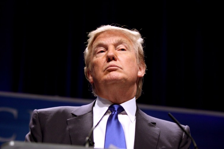 Dans quel pays Donald Trump a-t-il annulé sa visite ?