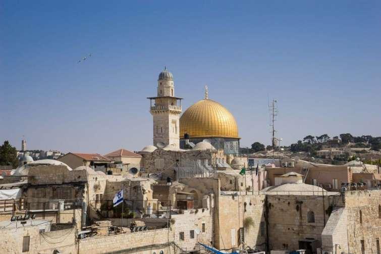 La Cisjordanie approuve la déclaration de Mike Pompeo sur les colonies israéliennes.