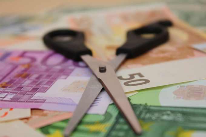 À combien s'élevait la prime à laquelle l'ex-PDG de Carrefour a renoncé ?