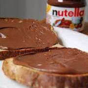Ferrero: la Nutella conquista il mondo / Ferrero: le Nutella conquiert le monde.