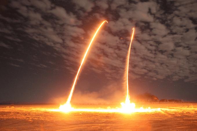 Quel pays a annoncé avoir testé un missile de croisière d'une portée supérieure à 1350 kilomètres ?