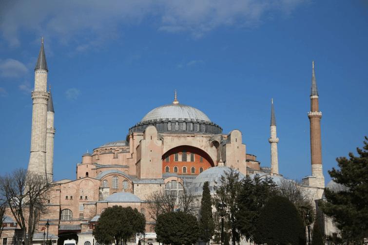 Erdogan veut que Sainte-Sophie...