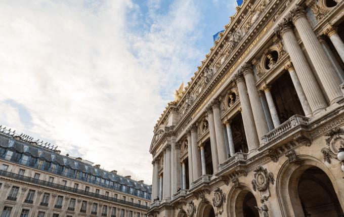 L'Opéra Garnier fait partie des quatre lieux qui devraient bénéficier d'une « forêt urbaine » dans les années à venir.