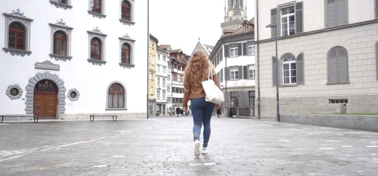 L'interview de Salomé, étudiante à NEOMA BS en échange à St Gallen 🇨🇭