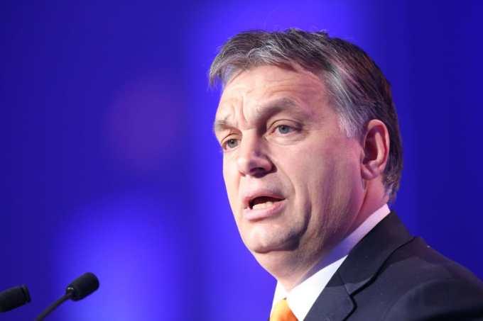Viktor Orban prévoit l'ouverture d'un musée sur...