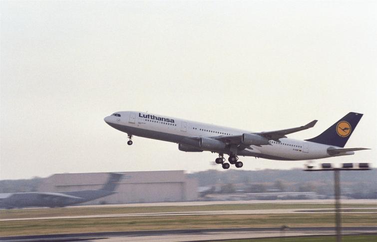 Quelle est la part qui devrait être détenue par l'État fédéral allemand dans le capital de Lufthansa ?
