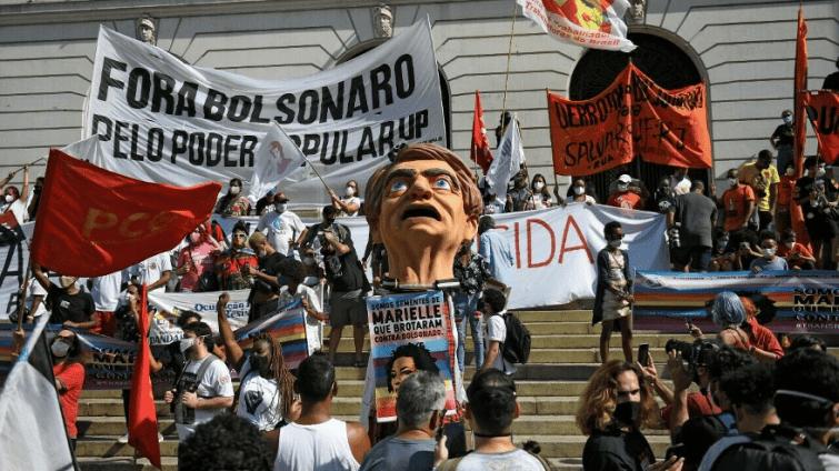 Pourquoi beaucoup de brésiliens demandent la destitution de J. Bolsonaro ?