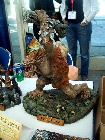 todd-mcfarlane-statue-1