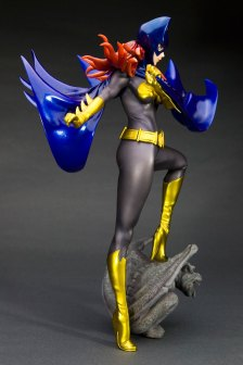 batgirl_side2