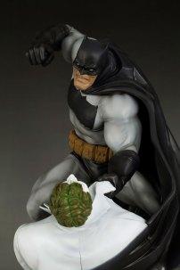 batman_dn_r_up1