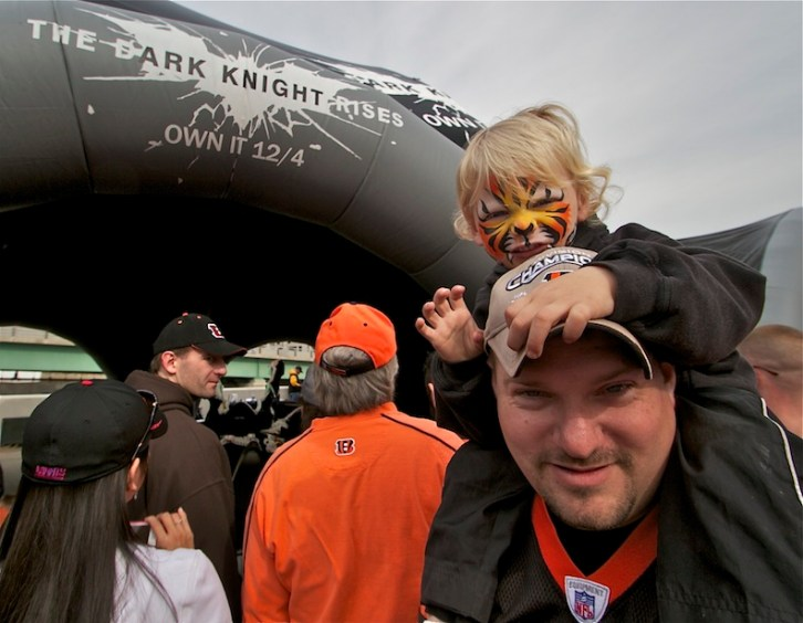 Little Bengals fan excited to see Batmobile Tour in Cincinnati
