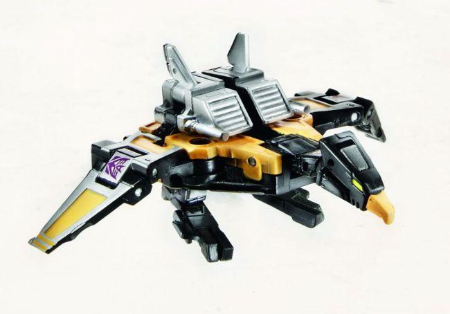 311420-Transformers-Masterpiece-Buzzsaw