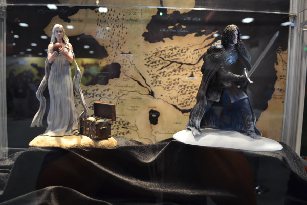 Dany:Jon Snow Figures