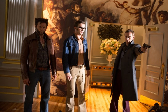 magnetos-armed-in-a-new-x-men-days-of-future-past-image-158502-a-1394636684-1000-667