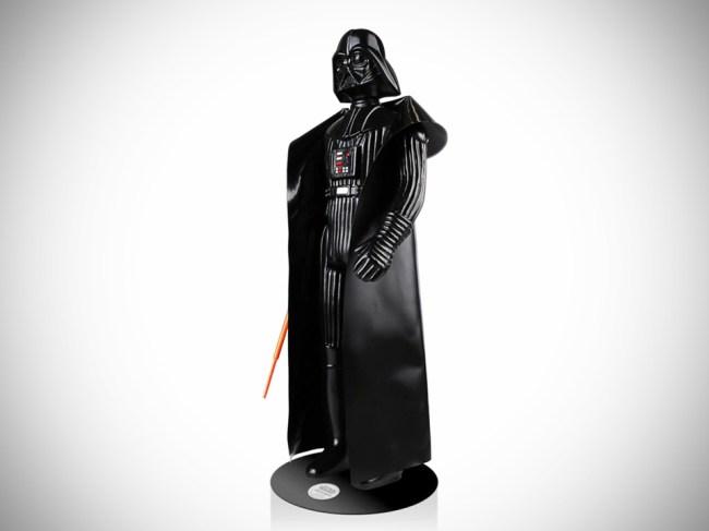 Darth-Vader-Life-Size-Vintage-Monument-alternate-image