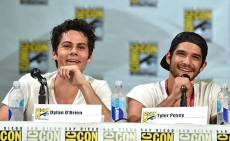 Dylan-O'Brien-and-Tyler-Posey-2-San-Diego-Comic-Con-2014