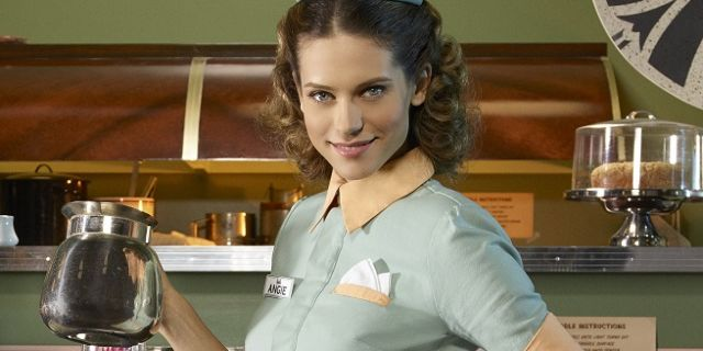angie-agent-carter-top-117905-640x320
