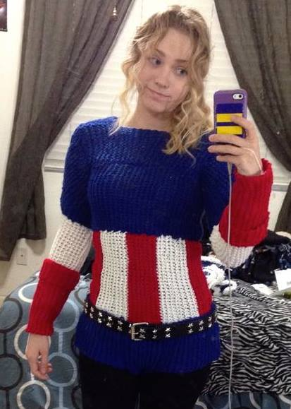 Captain America Knitting Pattern : [Cosplay] Captain America fan knits costume   Major Spoilers
