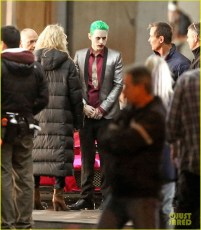 jared-leto-fights-kisses-margot-robbie-in-suicide-squad-05-1b18d