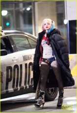 jared-leto-fights-kisses-margot-robbie-in-suicide-squad-10
