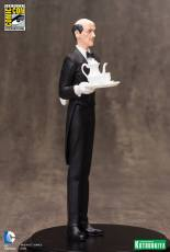 SDCC-2015-Exclusive-Alfred-Pennyworth-ARTFX-Statue-002