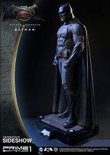 dc-comics-batman-v-superman-batman-half-scale-polystone-statue-prime-1-902663-07
