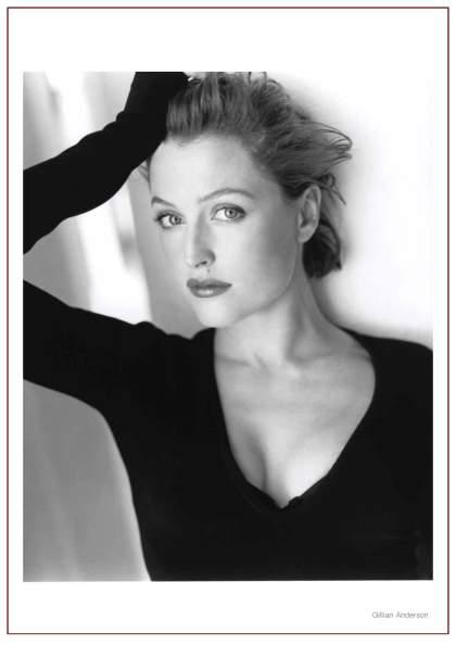 Gillian Anderson Headshot