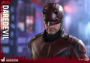 marvel-daredevil-sixth-scale-hot-toys-902811-16