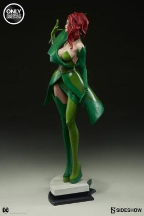 dc-comics-poison-ivy-stanley-artgerm-lau-artist-series-statue-200429-07