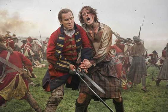 Tobias-Menzies-(as-Black-Jack-Randall),-Sam-Heughan-(as-Jamie-Fraser)_301