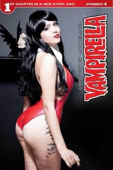 Vampi2017-08-Cov-C-Cosplay