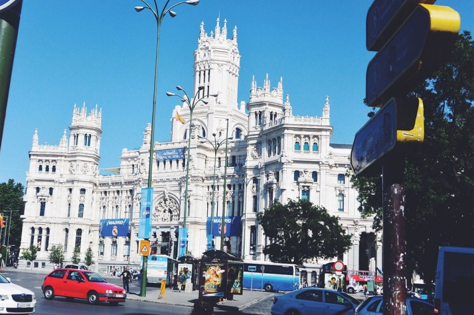 Plaza Cibeles Best Things to do in Madrid