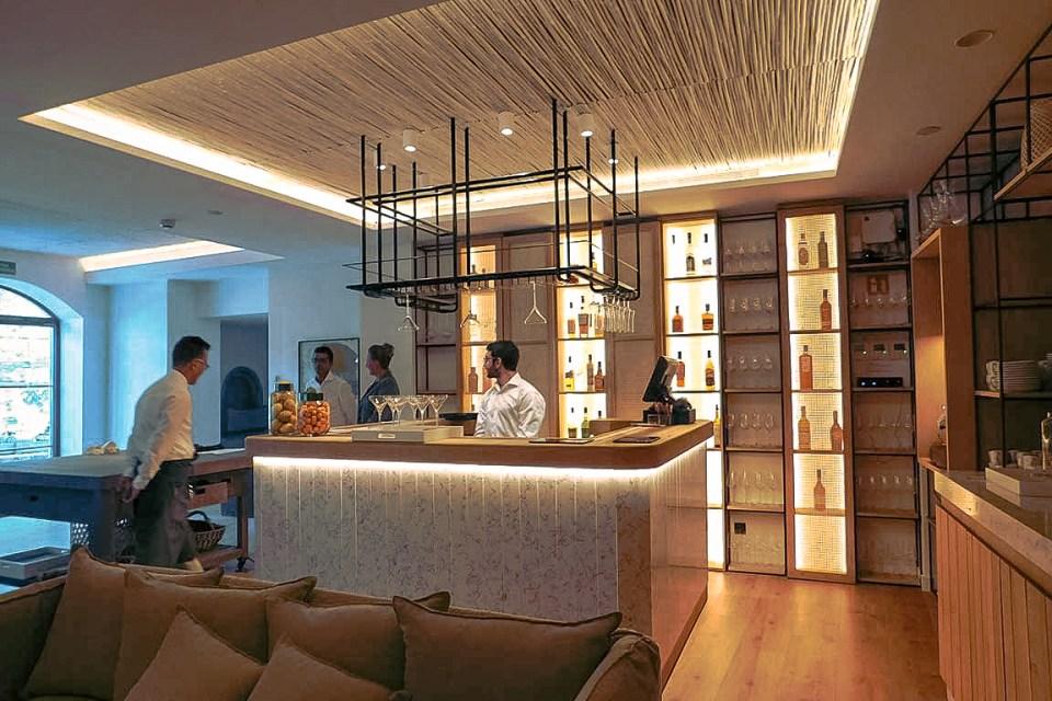 Where to Stay in Spain Terra Dominicata Bar