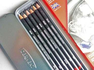 รีวิว Charcoal Pencils ดินสอถ่านวาดรูปของ Derwent ฟิลลิ่งมาเต็ม