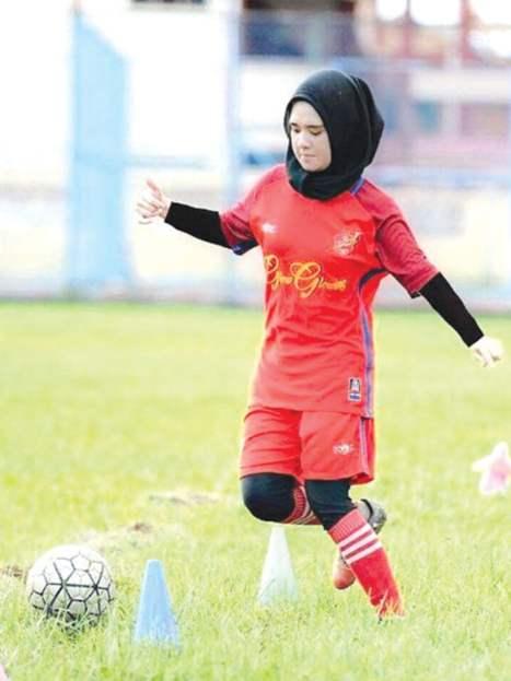 gadis Gadis Manis Berjiwa Bola Sepak Sanggup Tolak Tawaran Jadi Model