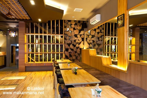 Lekker Urban Food Restaurant 13