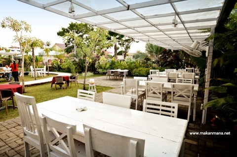 Gardenia Tropical Garden Resto 5
