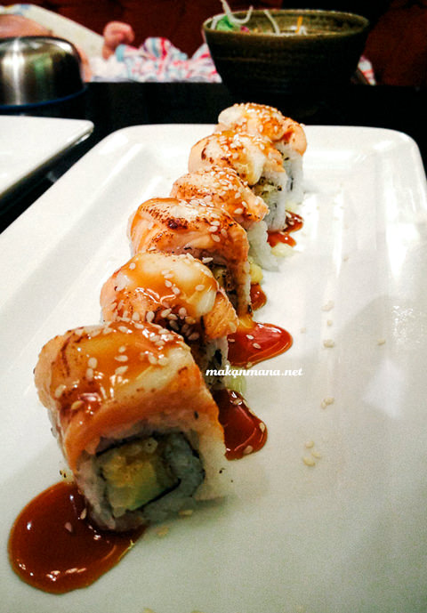 salmon flame roll