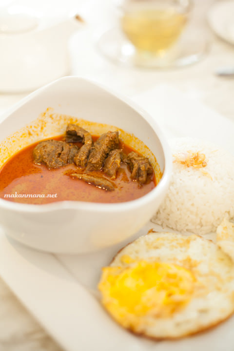 Signature Beef Curry - IDR 45.5